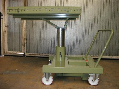 rolling cart with hydraulic elevator table  - AIR FRANCE